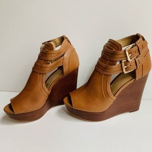 Michael Kors Blaze Wedge Sandal Acorn 5.5